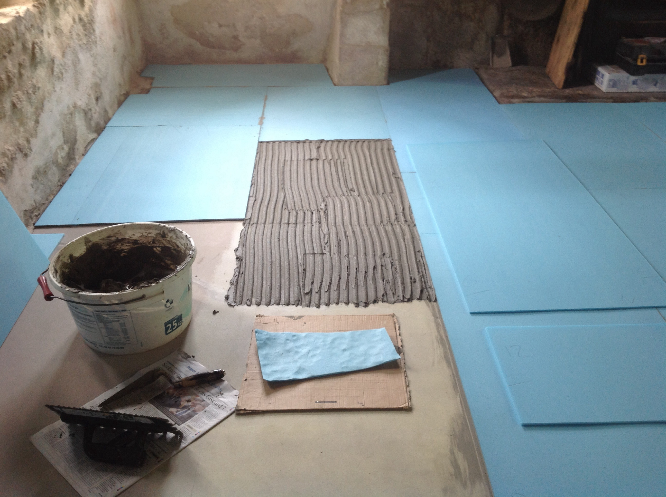 Laying electric heating matting
